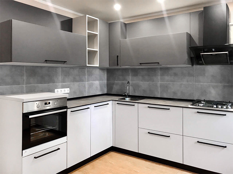 """Grey"" kitchen"